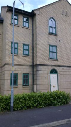 Thumbnail Town house to rent in Schuster Road, Manchester