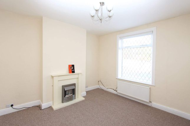 Thumbnail Terraced house to rent in Bolton Road, Sudden, Rochdale