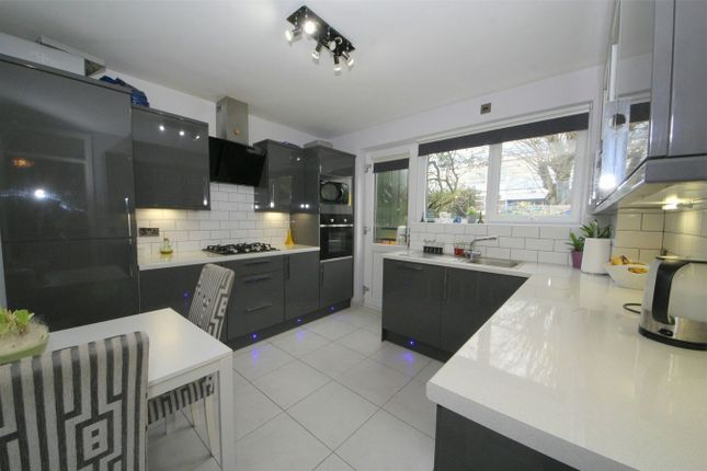 Thumbnail Maisonette for sale in Norfolk Close, Barnet, Hertfordshire