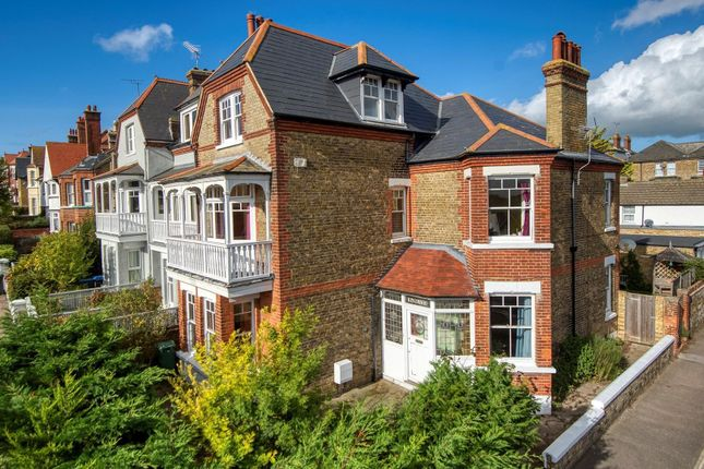 West Cliff Road, Broadstairs CT10