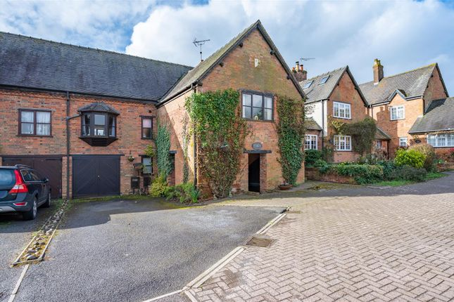Thumbnail Barn conversion for sale in Manor House Close, Newbold, Rugby