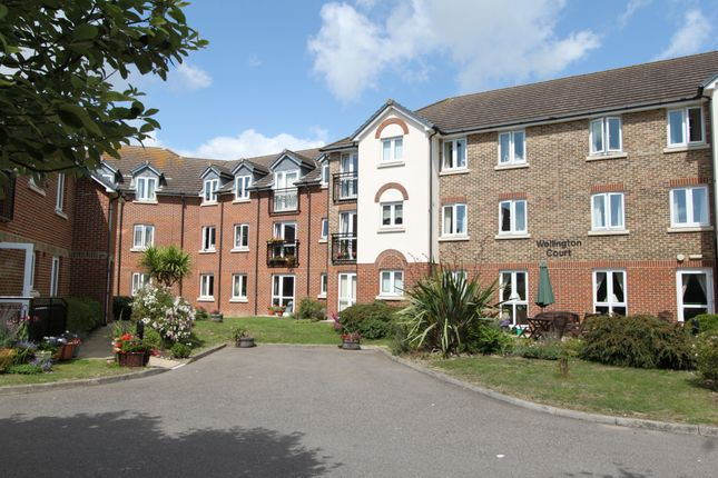 Thumbnail Flat for sale in Beechwood Avenue, Deal