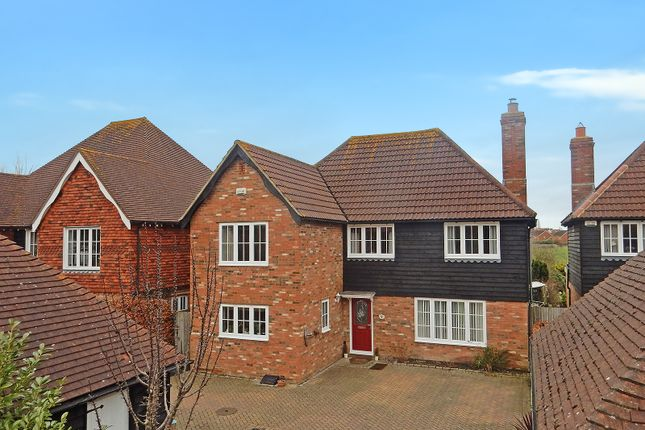 4 bed detached house for sale in Kinneys Lane, Kennington, Ashford