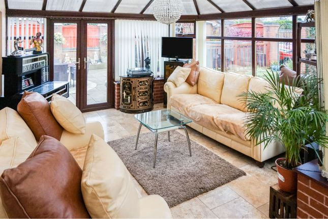 Conservatory of Quarries Way, Kirkby-In-Ashfield NG17
