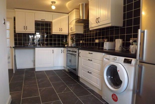 Thumbnail Maisonette to rent in Copenhagen Close, Luton