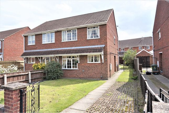 Thumbnail Semi-detached house for sale in Sunningdale, Waltham