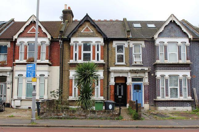 Thumbnail Terraced house for sale in Lea Bridge Road, Leyton