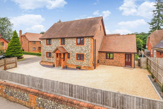 Thumbnail Detached house for sale in Bishops View, Four Marks, Hampshire