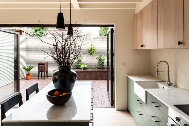 Thumbnail Terraced house for sale in Leybourne Road, London
