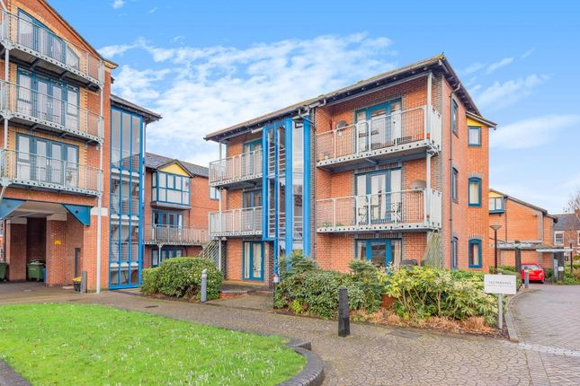2 bed flat for sale in Didcot, Oxfordshire OX12