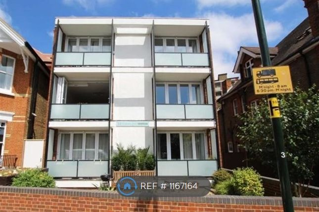 Thumbnail Flat to rent in Spring Grove Road, Richmond