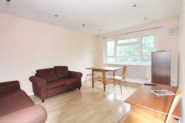 Thumbnail Flat to rent in Lewes Close, Northolt