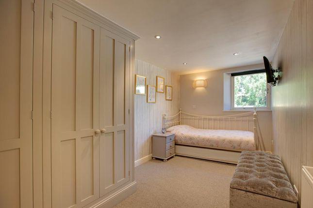 Bedroom 2 of Monyash Road, Bakewell DE45