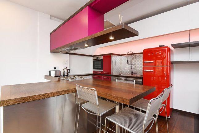 Kitchen of Shrewsbury Mews W2,