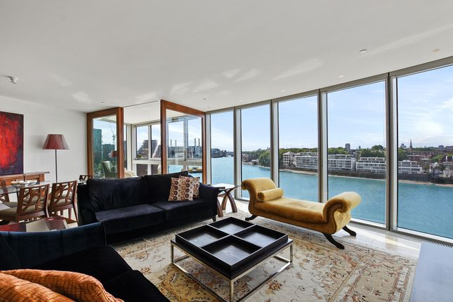 Thumbnail Flat to rent in The Tower, St. George Wharf, London