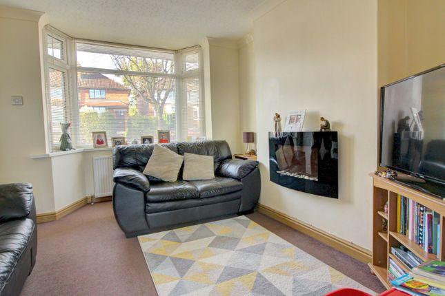 Lounge of Birkenshaw Road, Great Barr, Birmingham B44