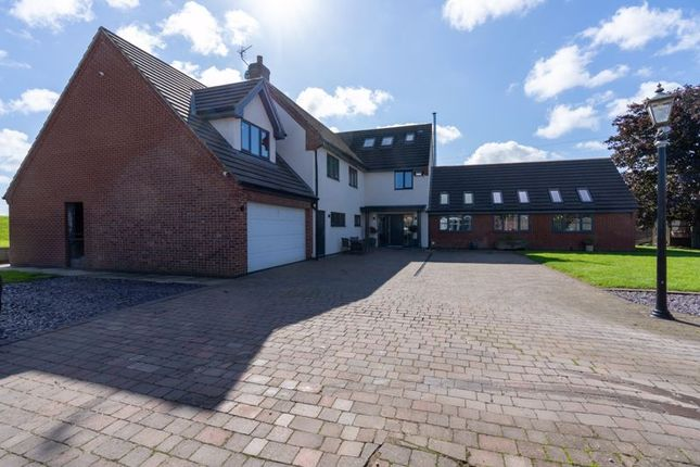 Thumbnail Detached house for sale in Sands Close, Keadby, Scunthorpe