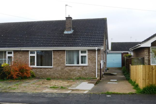 Thumbnail Bungalow to rent in Abbeydale Crescent, Grantham