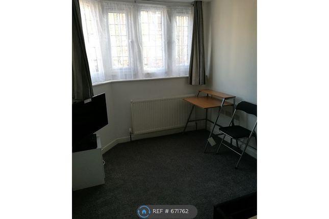 Bedroom of Victoria Street, Aylesbury HP20