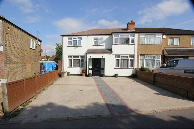 Thumbnail Detached house for sale in Grange Close, Hayes