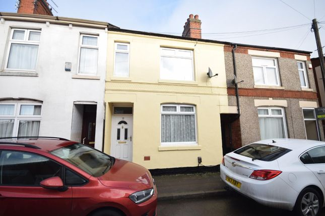 3 bed terraced house to rent in Avaible Now -Littlewood Street, Rothwell, Kettering NN14