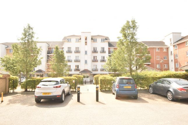 Thumbnail Duplex for sale in Hermitage Close, Abbeywood London