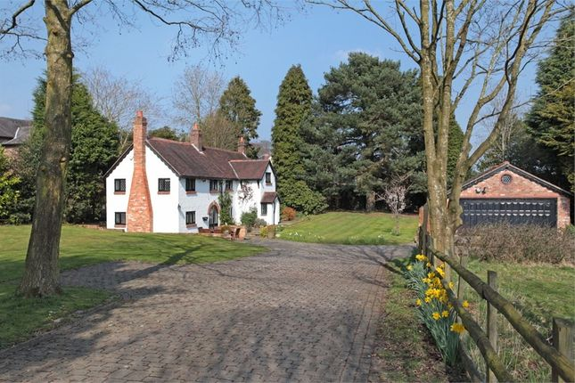 Thumbnail Detached house for sale in Knutsford Road, Alderley Edge