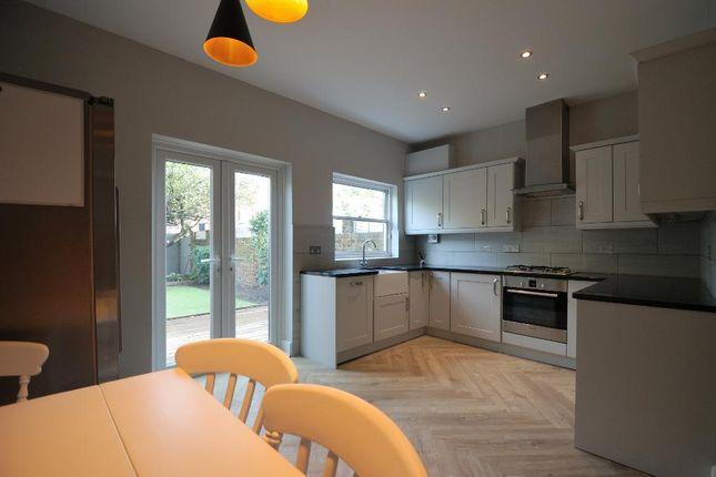 Open-Plan Kitchen/Dining Room