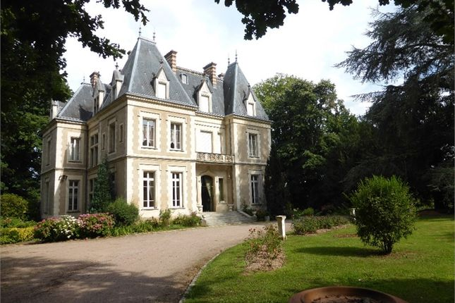 Thumbnail Property for sale in Bourgogne, Saône-Et-Loire, Tournus