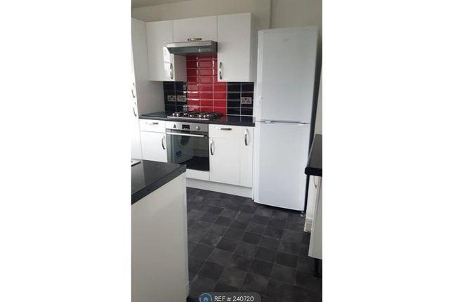 Thumbnail Flat to rent in Royston Court, Surbiton