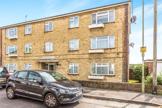 Thumbnail Flat for sale in Worldham Road, Havant