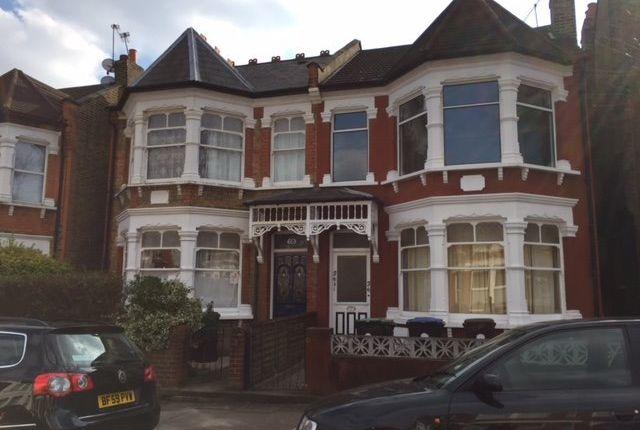 Thumbnail Flat to rent in Osborne Road, London