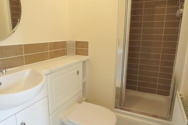Ensuite of Philips Wynd, Hamilton ML3