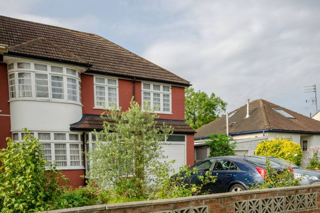 Thumbnail Property for sale in Devonshire Road, Mill Hill East