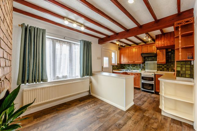 Thumbnail Terraced house to rent in Aston Place, Bramley, Leeds