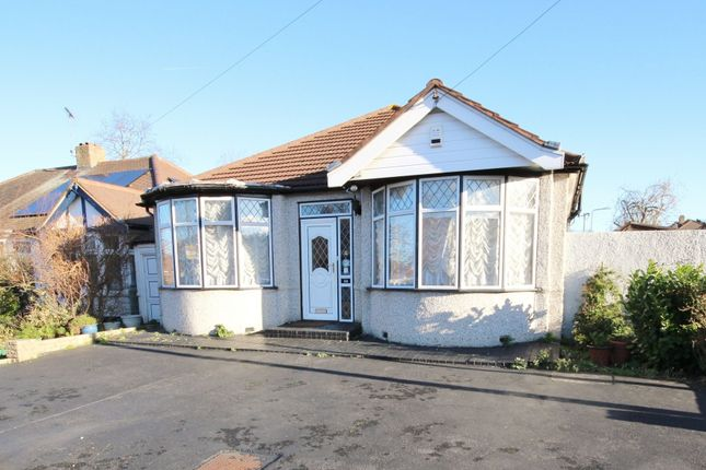Thumbnail Bungalow for sale in Peaketon Avenue, Essex