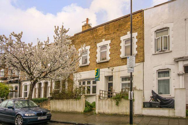 Thumbnail Property for sale in Aden Grove, Stoke Newington