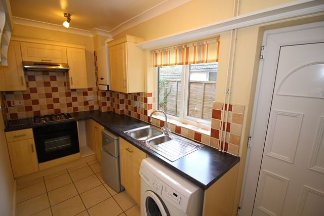 Thumbnail Terraced house to rent in Wolverton Road, Stony Stratford, Milton Keynes
