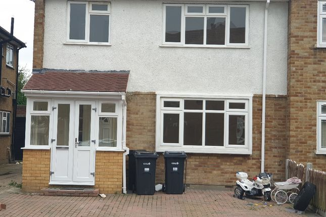 6 bed semi-detached house to rent in Dunmow Close, Chadwell Heath, Romford RM6