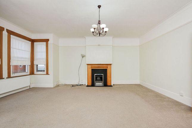 Thumbnail Flat for sale in Lansdowne Road, Bromley, Kent