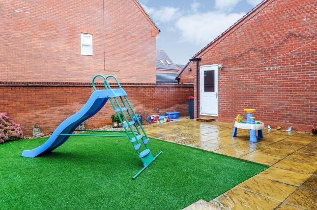 Garden of Boxtree Avenue, Hucknall, Nottingham, Nottinghamshire NG15