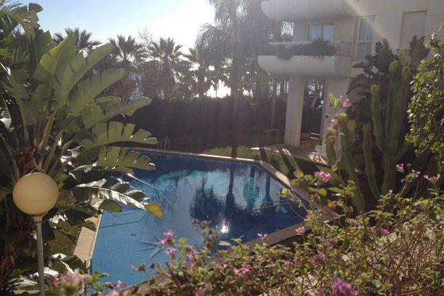 3 bed apartment for sale in Marbella, Costa Del Sol, Andalusia, Spain