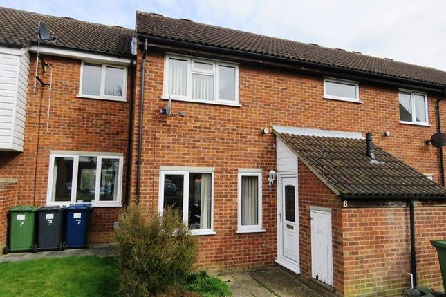 Thumbnail Terraced house to rent in Kent Close, St. Ives, Huntingdon