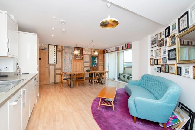 Thumbnail Flat for sale in Banister Road, London