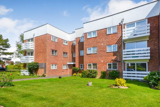 Thumbnail 2 bedroom flat for sale in Ismay Lodge, Heighton Close, Bexhill-On-Sea