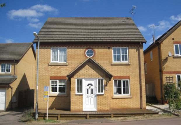 4 bed detached house to rent in Fitzwilliam Leys, Higham Ferrers NN10