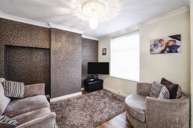 Thumbnail Terraced house for sale in Peterborough Road, Carshalton