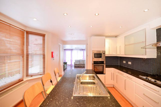 Thumbnail Property to rent in Warham Road, Crouch End