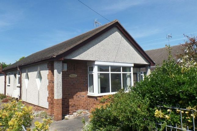 Thumbnail Detached bungalow to rent in Merllyn Road, Rhyl
