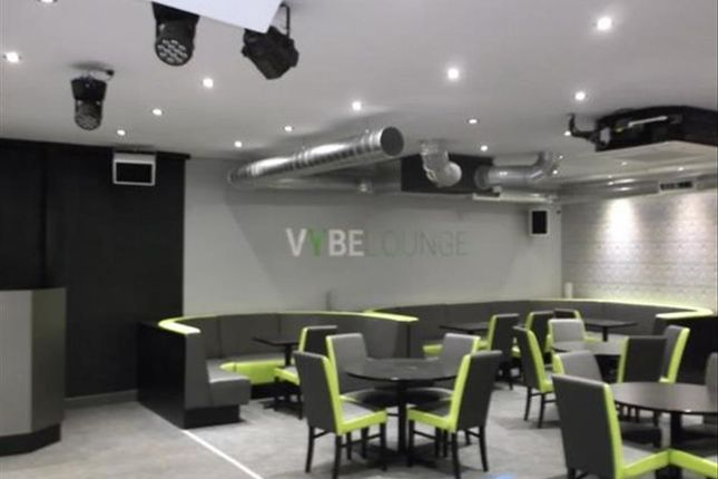 Thumbnail Leisure/hospitality for sale in Modern Late Night Bar WN8, Lancashire